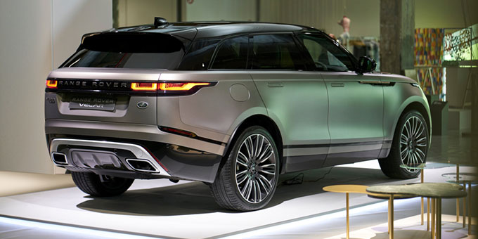 le nouveau range rover velar au c ur de la paris design week swing f minin. Black Bedroom Furniture Sets. Home Design Ideas