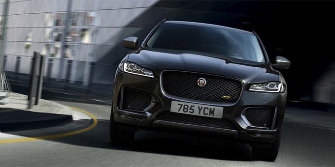 Jaguar F-PACE : des éditions spéciales 300 SPORT et Chequered Flag s'ajoutent à la gamme
