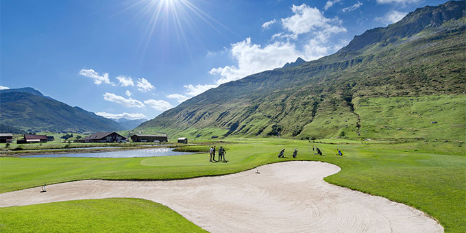 Le golf en Suisse par monts et merveilles