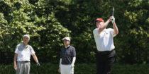 Covid-129 : Biden critique Trump qui joue au golf alors que son pays s'approche des 100.000 morts