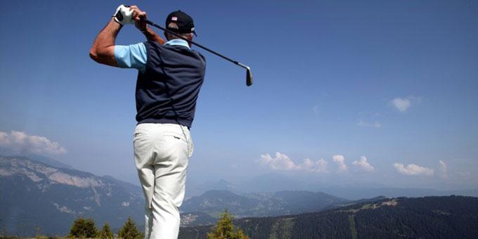 Les Carroz : une charte santé et un golf à 1900 mètres d'altitude
