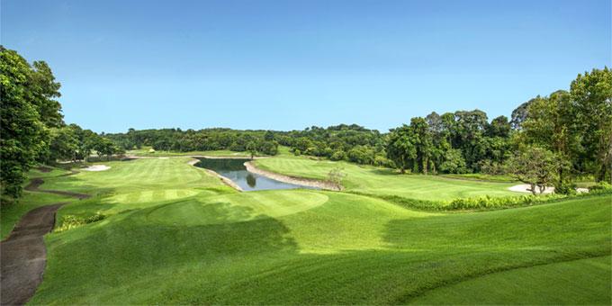 מועדון גולף ריה בינטן: שחק גולף במקום בו הים פוגש את היבשה