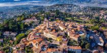 Mougins : Une œuvre d'art au-dessus de la Méditerranée