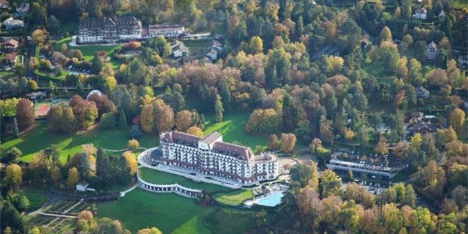 L'Evian Resort rouvre de ses deux hôtels en avril 2021