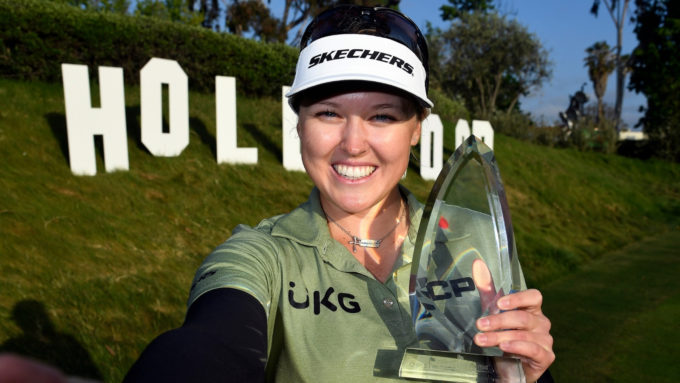 Brooke Henderson remporte son 10e titre LPGA à l'Open de Los Angeles